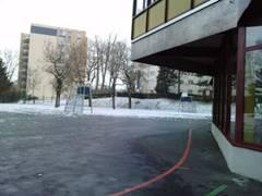 cour_neige_angle.JPG